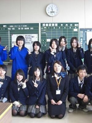 青森県立金木高校の制服画像一覧   中学校高校制服ランキング