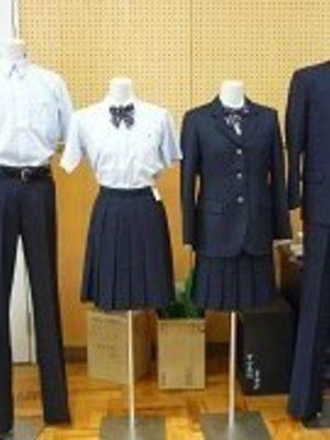 滋賀県立守山中学校・高校の制服画像一覧   中学校高校制服ランキング